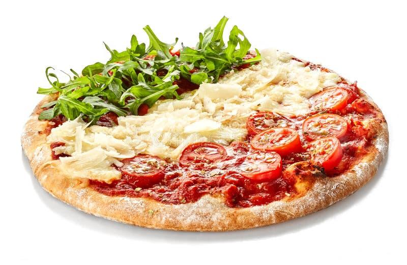 Патриотическая итальянская пицца в национальных цветах стоковые изображения rf