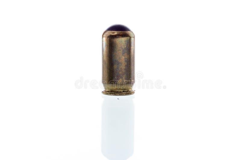 Патрон для травматичных оружий Патрон изолята Патрон с резиновой пуле стоковые изображения rf