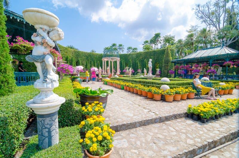 Паттайя, ThailandNong: Desig сада Nooch тропическое стоковое фото rf