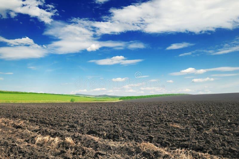 пахотная земля стоковое фото