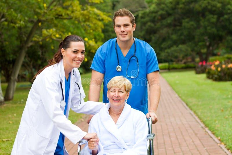 пациент доктора стоковая фотография
