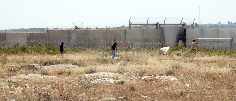 Палестинская демонстрация стеной разъединения стоковое фото