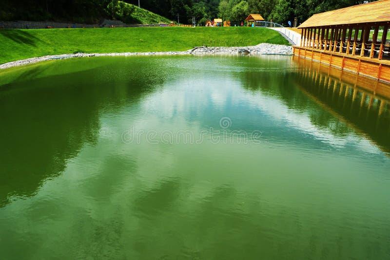 Палуба на бассейне стоковое изображение rf