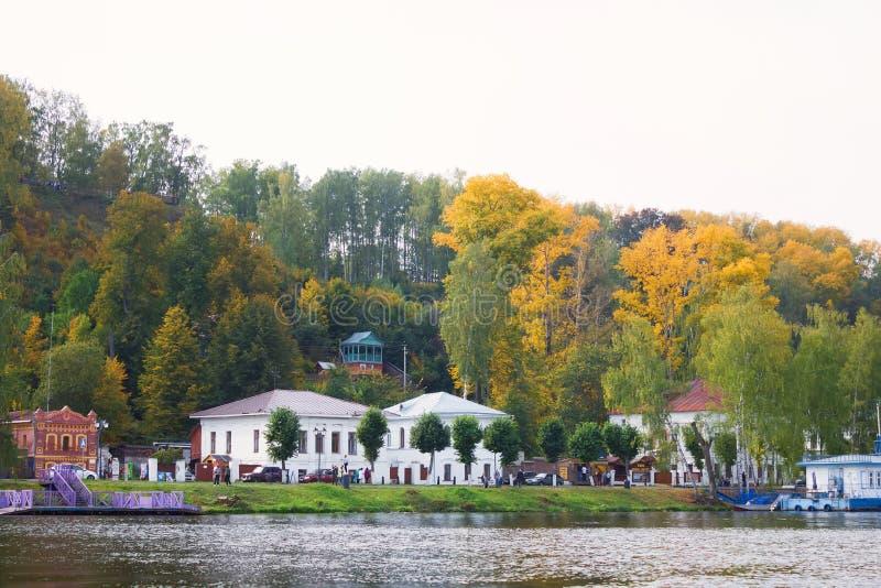 Пейзаж городка Plyos в области Иванова в России стоковые изображения