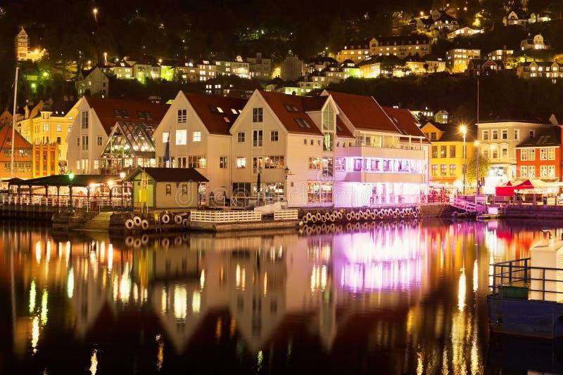 пейзаж Норвегии ночи bergen стоковое фото rf
