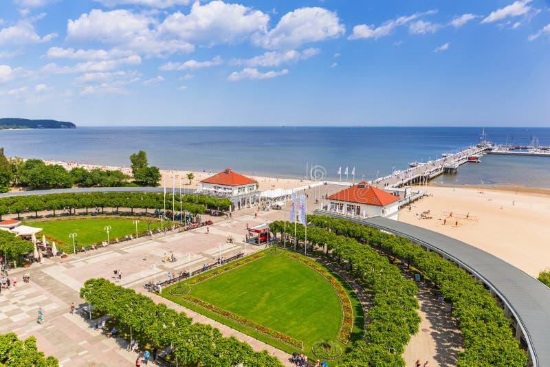 Download Пейзаж Molo Sopot на Балтийском море в Польше Редакционное Фотография - изображение насчитывающей landmark, релаксация: 41662292