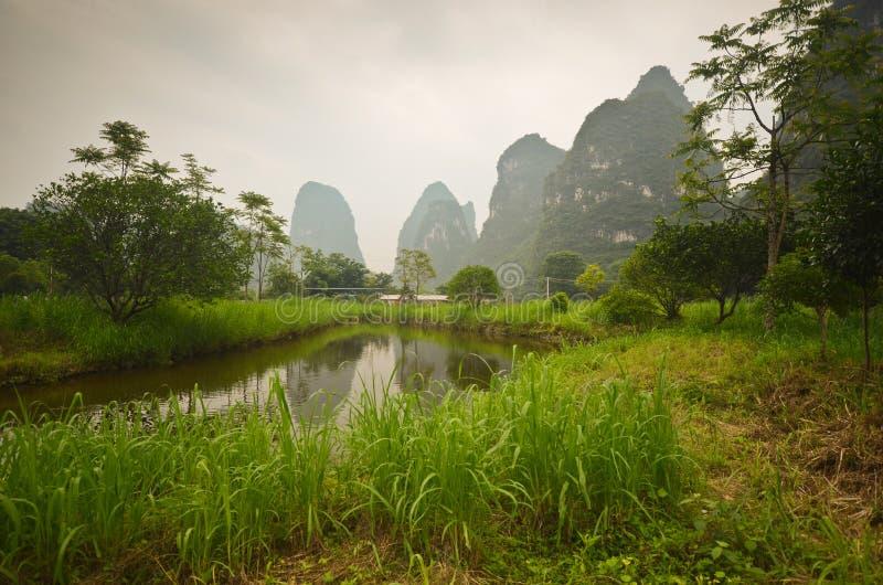 Пейзаж Yangshuo стоковая фотография