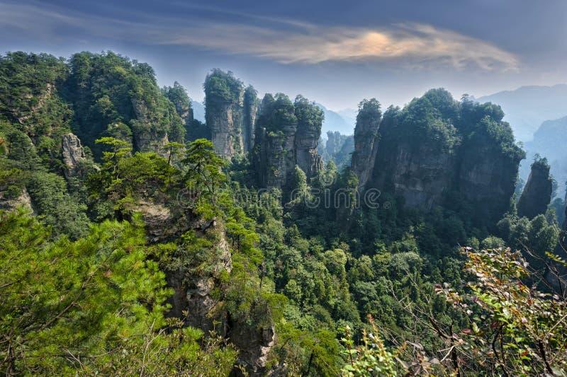 Пейзаж Zhangjiajie естественный стоковая фотография rf