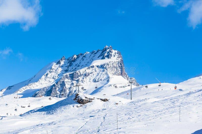 Пеннин Альпы на границе Итальянск-швейцарца стоковые фото