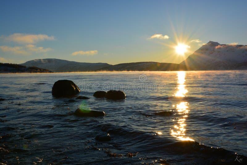 Первое Солнце в Tromsø стоковые фото