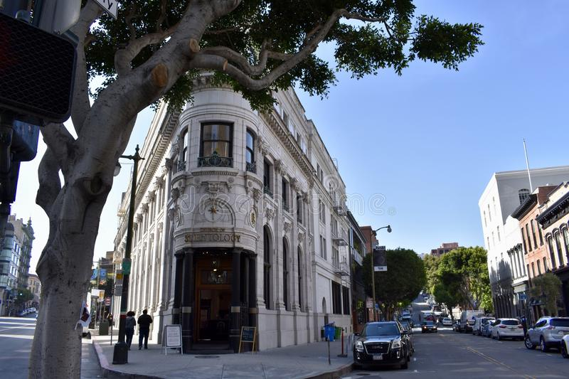 Первоначально здание Transamerica перед Transamerica Pyramided стоковые фотографии rf