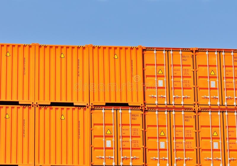 перевозка груза контейнеров тяжелая супер стоковые фотографии rf