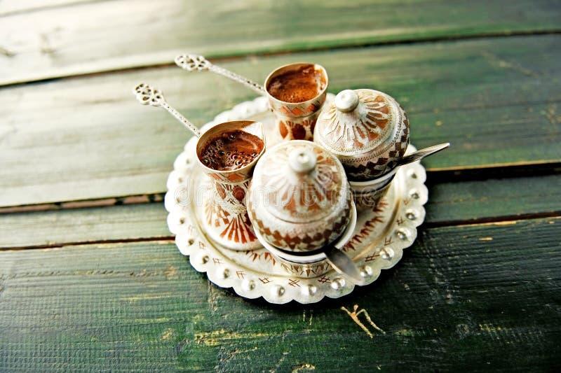 2 переворота боснийского кофе стоковая фотография rf