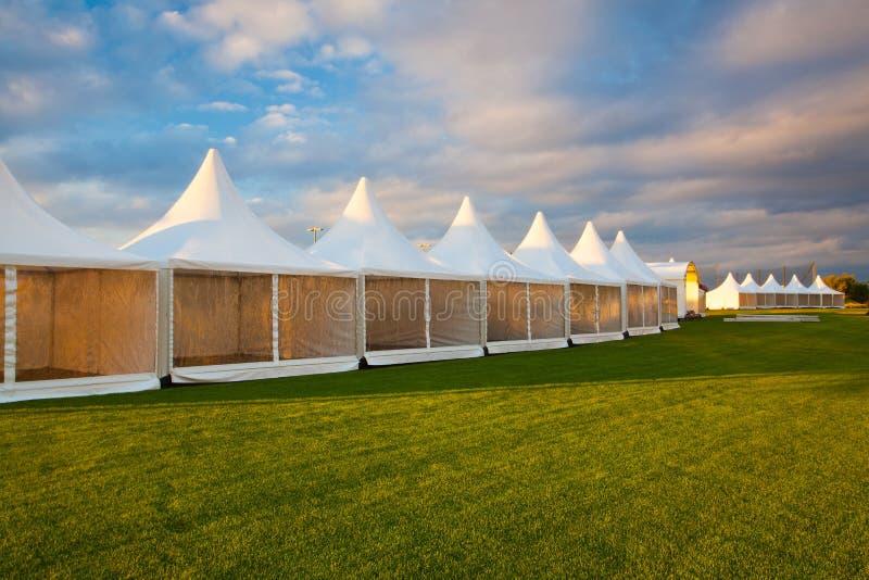 Передвижной шатер для торговой выставки стоковые изображения
