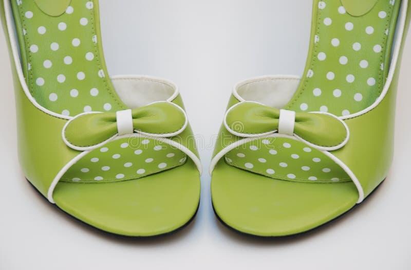 передние зеленые пятки высокие стоковое фото