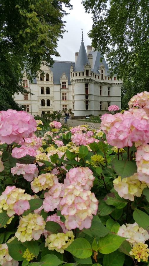 Передний фасад французского замка стоковое фото rf
