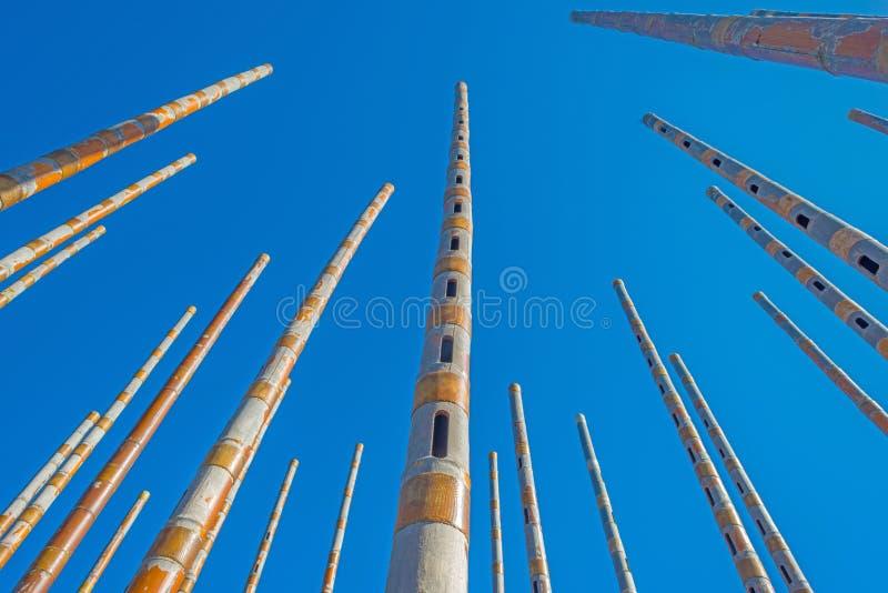 Перезвон ветра в голубом небе стоковое изображение rf