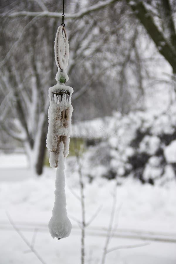 Перезвон ветра зимы стоковые фото