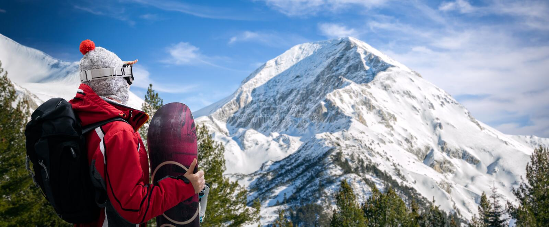 перекрестное влияние обрабатывая snowboarder snowboard стоковые изображения rf