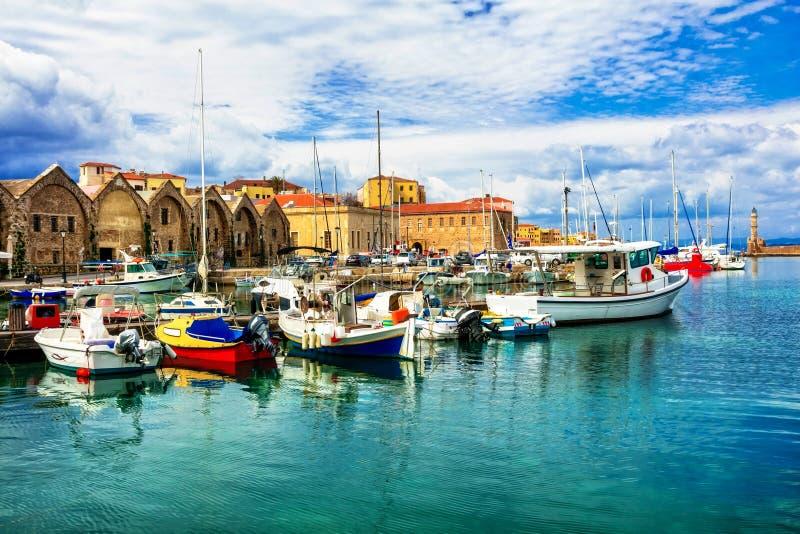 Перемещение в Греции - красивая пристань старого городка Chania в Крите стоковые фотографии rf