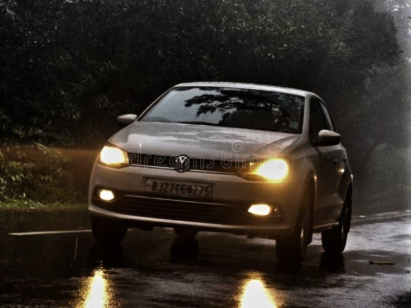 Перемещение и автомобили стоковые фотографии rf