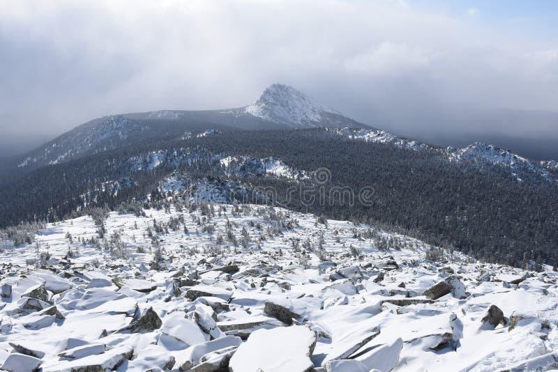 Перемещение к южному Уралу Национальный парк Taganay стоковое фото