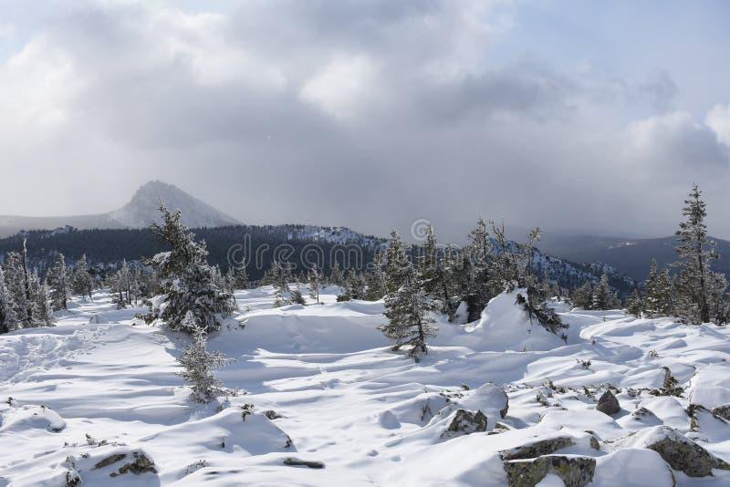 Перемещение к южному Уралу Национальный парк 2018 Taganay стоковые изображения rf