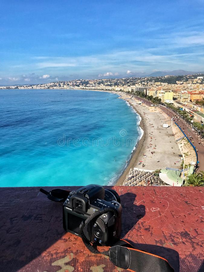 Перемещение с вашими потрясающими видами камеры и захвата фото стоковое фото rf