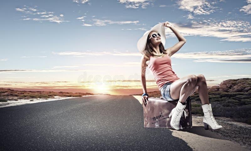 Download Перемещение Autostop стоковое фото. изображение насчитывающей hiking - 41652134