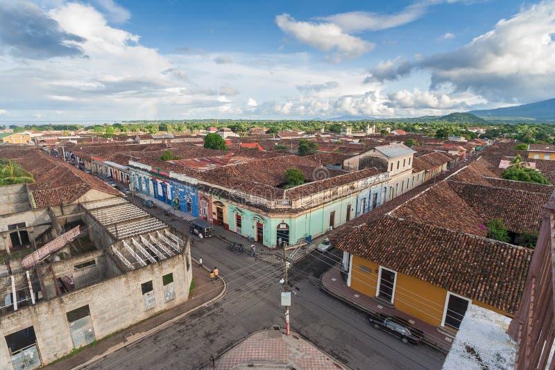 Пересекающ в старую часть Гранады, Никарагуа стоковые фото