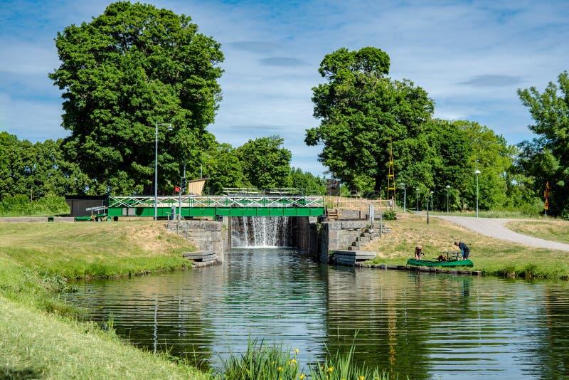 Пересечение дорог с мостом через канал Gota стоковые изображения rf