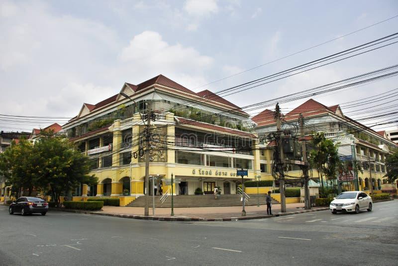 Пересечение Phahurat на старой площади Wang Burapha Сиама в Бангкоке, Таиланде стоковое фото rf