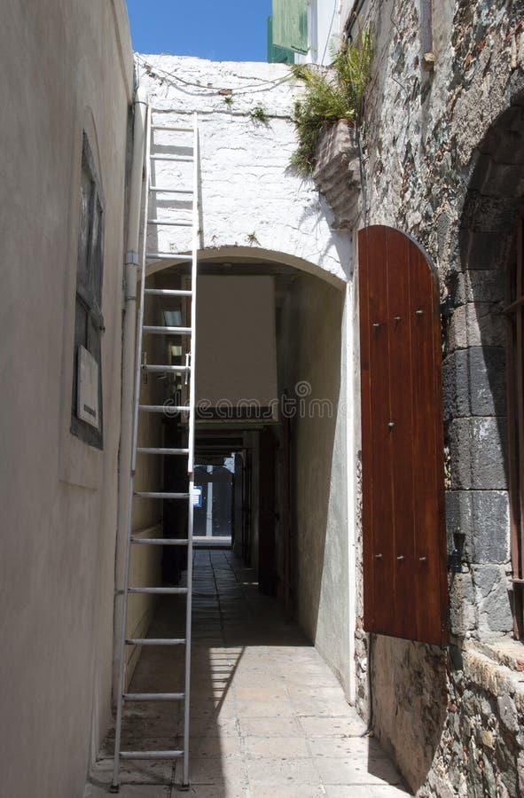 Переулки острова St. Thomas узкие стоковые изображения rf