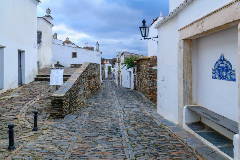 Переулок в Monsaraz стоковая фотография