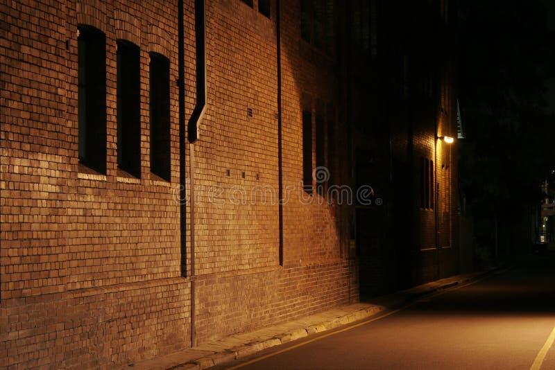 переулок загадочный стоковая фотография rf
