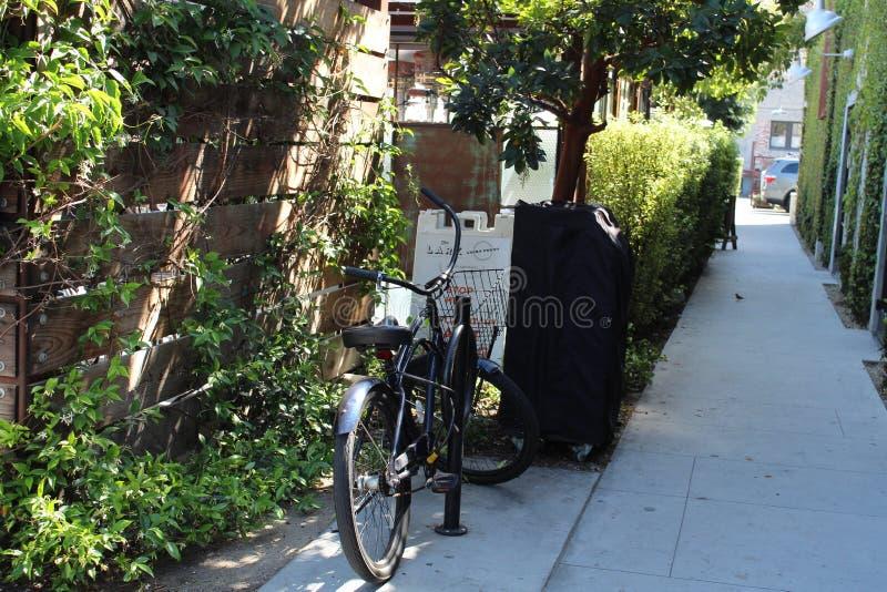 Переулок Санта-Барбара велосипеда стоковое фото
