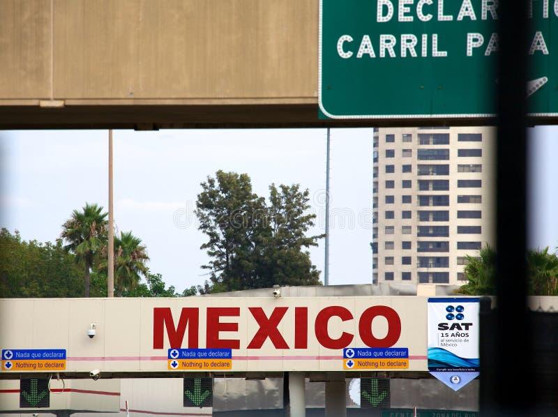 Переход границы Мексики стоковая фотография rf