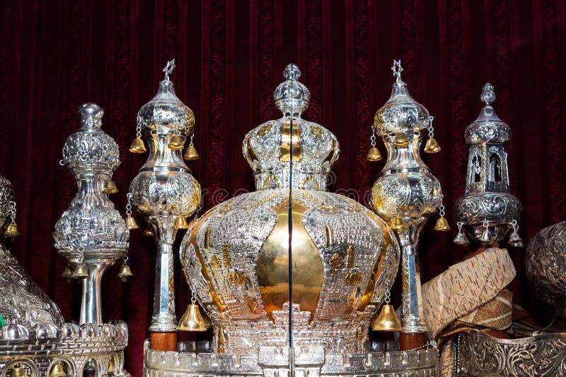 Перечени Torah в синагоге стоковое фото rf