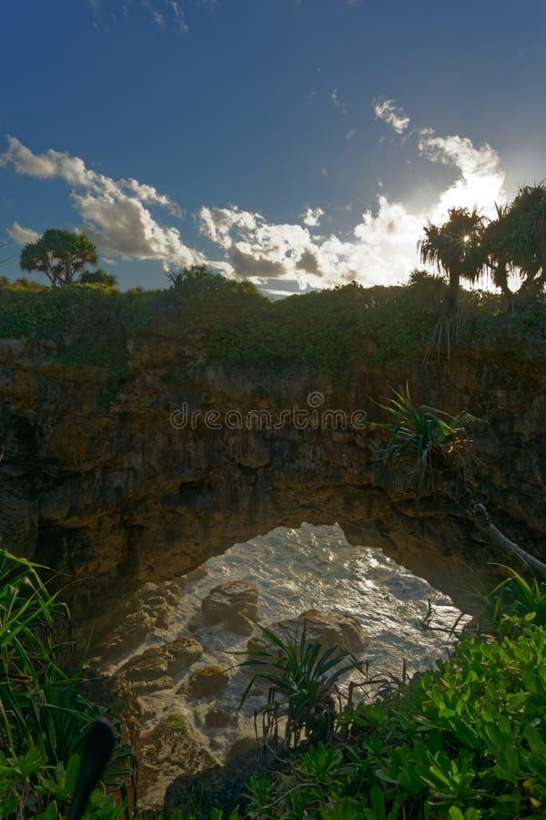 Перешеек Hufangalupe естественный, остров Tongatapu, Кингдом Оф Тонга стоковая фотография
