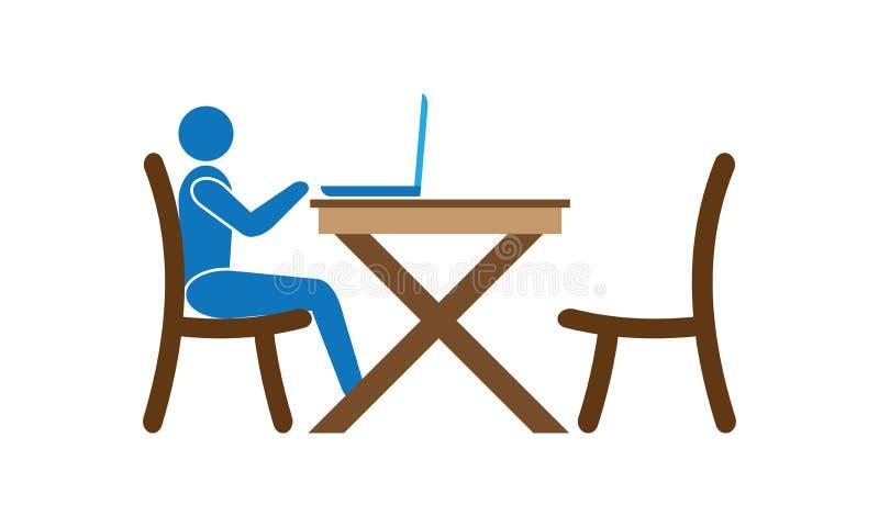 Персона используя компьтер-книжку на таблице Employe работает в офисе на портативном компьютере бесплатная иллюстрация