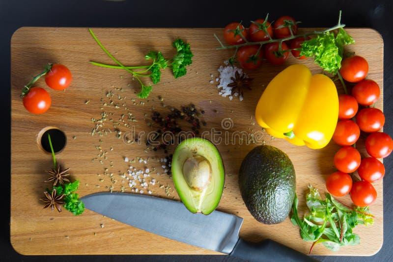 Перцы и томаты авокадоа стоковая фотография