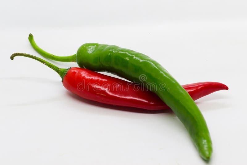 перцы чилей зеленые красные стоковая фотография