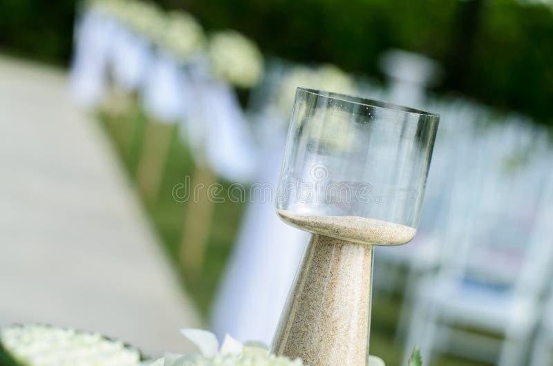 Песок в бутылке использовал для wedding стоковые изображения
