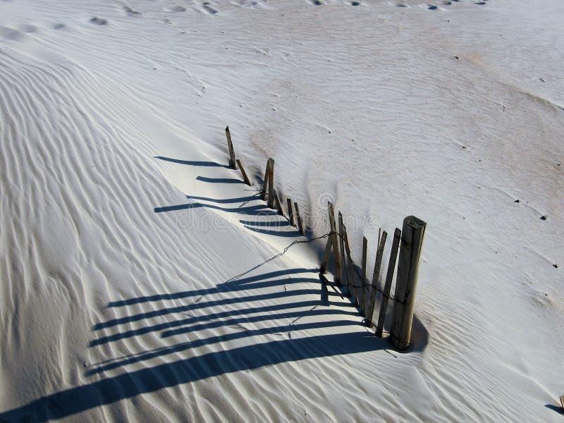 песок загородки дюны стоковое изображение rf