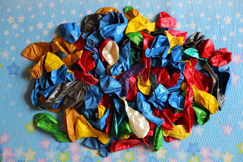 Пестротканые воздушные шары готовые для коптят стоковое фото rf