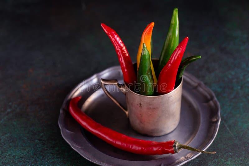 Пестротканые горячие перцы стоковое фото rf