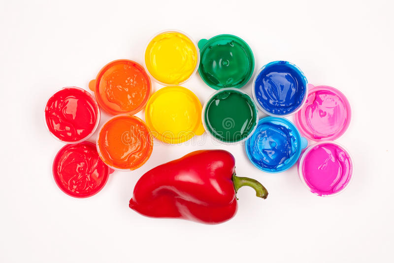 Пестрые краски и сладостный перец стоковые изображения