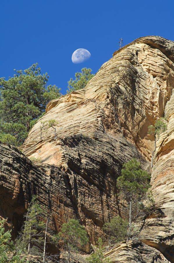 песчаник луны скалы стоковое изображение