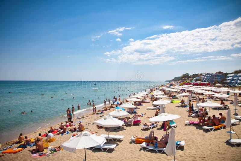 Песчаный пляж Byala красивый на Чёрном море в Болгарии. стоковое фото