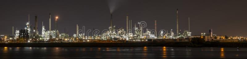 Петрохимический рафинадный завод в Botlek, Роттердаме стоковые изображения